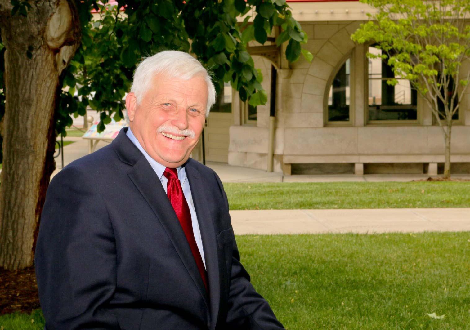 Dr. Warren Jesek